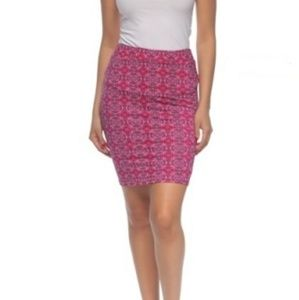 Dresses & Skirts - 🆕 Stretch Mini Pencil Skirt With All Over Print